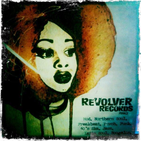 Revolver bleu